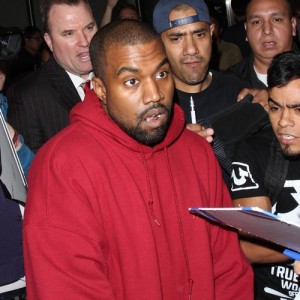 Kanye West 'wants snapper scuffle erased from record'